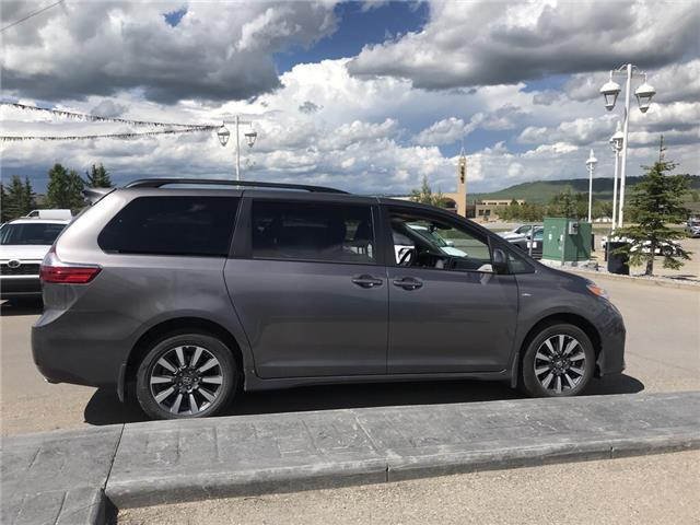 2019 Toyota Sienna LE 7-Passenger (Stk: 2883) in Cochrane - Image 6 of 15