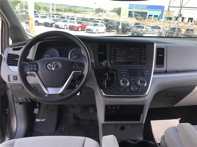 2019 Toyota Sienna LE 7-Passenger (Stk: 2883) in Cochrane - Image 13 of 15