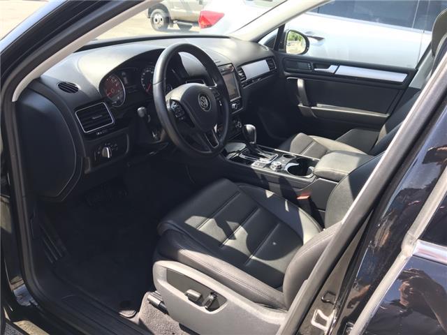 2014 Volkswagen Touareg 3.6L Comfortline (Stk: ED010751T) in Sarnia - Image 9 of 27