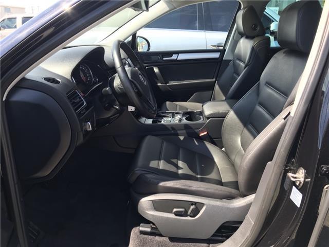 2014 Volkswagen Touareg 3.6L Comfortline (Stk: ED010751T) in Sarnia - Image 10 of 27