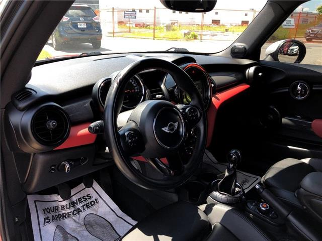 2015 MINI Cooper Hardtop Leather,Roof,Alloys,Low Mileage! (Stk: M19Q068A) in Maple - Image 9 of 23