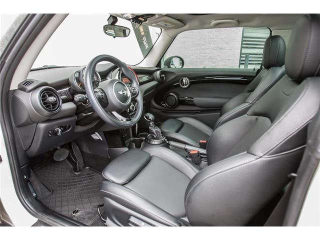 2016 MINI 3 Door Cooper S (Stk: O12230) in Markham - Image 12 of 16
