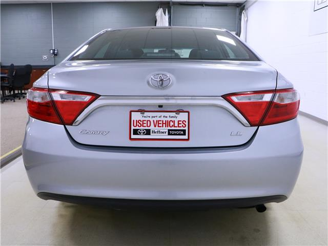 2015 Toyota Camry LE (Stk: 195500) in Kitchener - Image 22 of 32