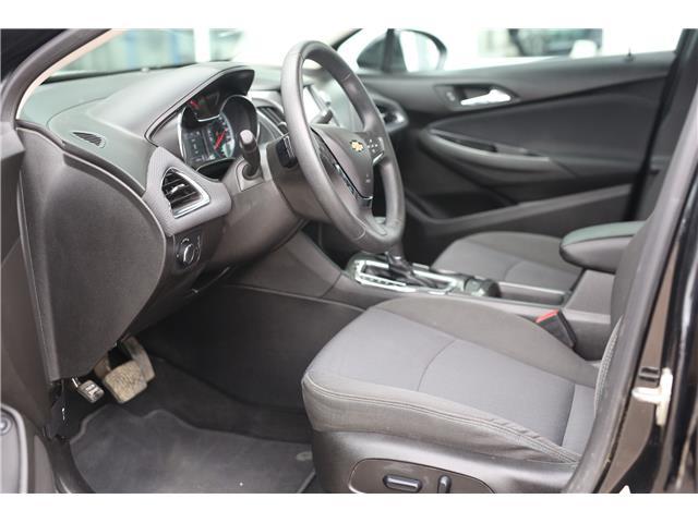 2018 Chevrolet Cruze LT Auto (Stk: 54705) in Barrhead - Image 11 of 29