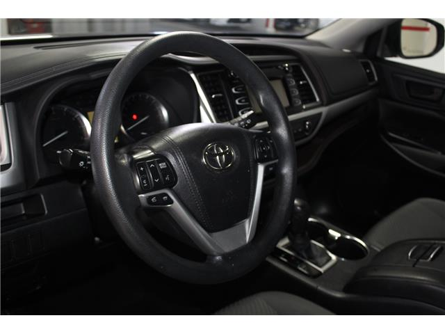 2015 Toyota Highlander LE (Stk: 298468S) in Markham - Image 8 of 24