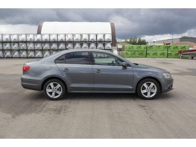 2012 Volkswagen Jetta 2.0 TDI Highline (Stk: V666) in Prince Albert - Image 4 of 11