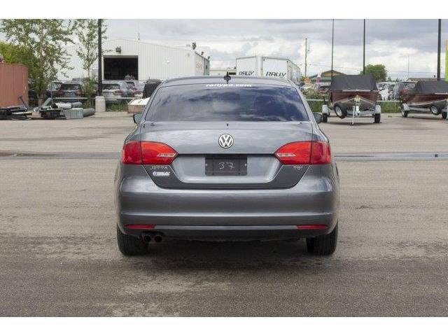 2012 Volkswagen Jetta 2.0 TDI Highline (Stk: V666) in Prince Albert - Image 6 of 11
