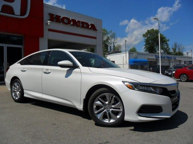 2019 Honda Accord LX 1.5T (Stk: 10477) in Brockville - Image 1 of 15