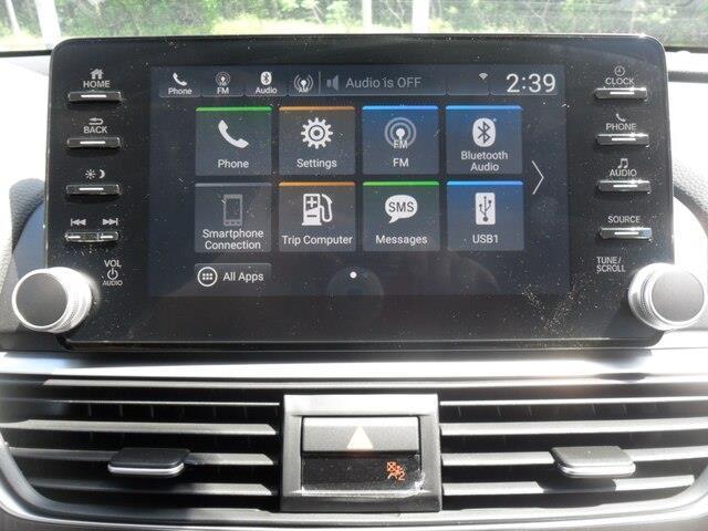 2019 Honda Accord LX 1.5T (Stk: 10477) in Brockville - Image 2 of 15