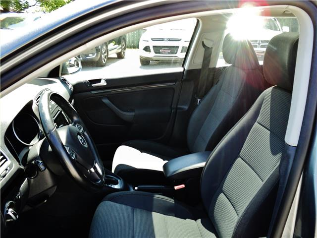 2011 Volkswagen Golf 2.5L Comfortline (Stk: 1506) in Orangeville - Image 10 of 19