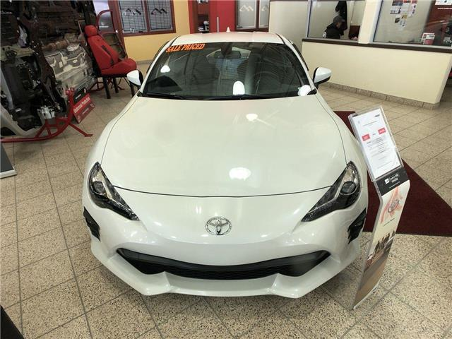 2019 Toyota 86 GT (Stk: 2900161) in Calgary - Image 2 of 13