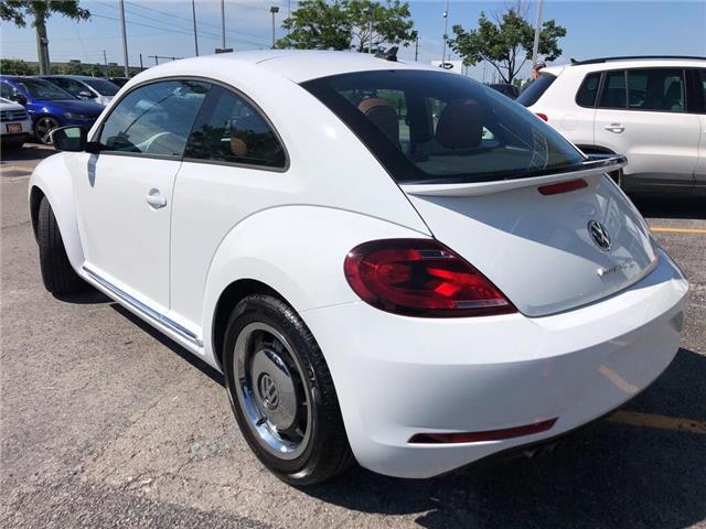 2017 Volkswagen Beetle Trendline (Stk: 19924) in Oakville - Image 2 of 18