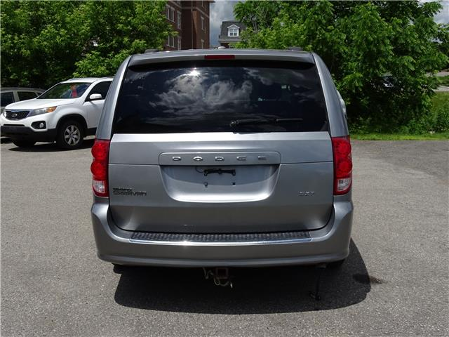2015 Dodge Grand Caravan SE/SXT (Stk: ) in Oshawa - Image 4 of 14