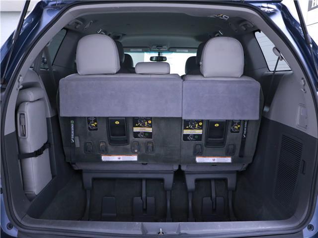 2016 Toyota Sienna LE 8 Passenger (Stk: 195490) in Kitchener - Image 22 of 34