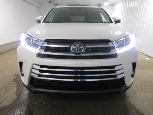 2019 Toyota Highlander Hybrid Limited (Stk: 193392) in Regina - Image 2 of 23