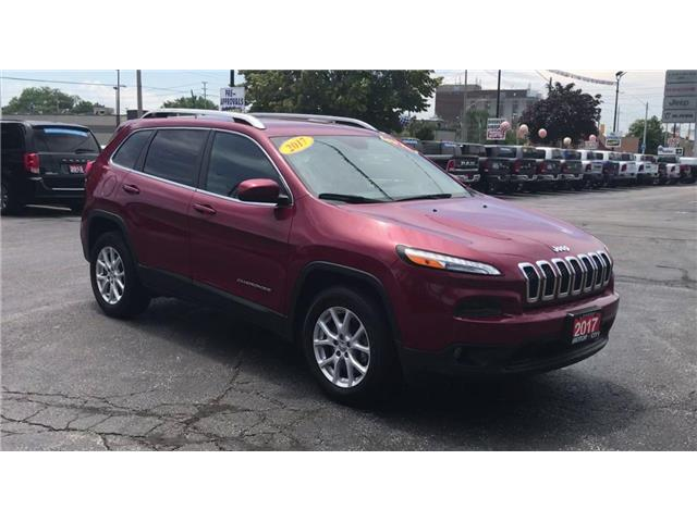 2017 Jeep Cherokee North (Stk: 19642A) in Windsor - Image 2 of 13