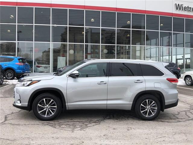 2017 Toyota Highlander XLE (Stk: U2334) in Vaughan - Image 2 of 24
