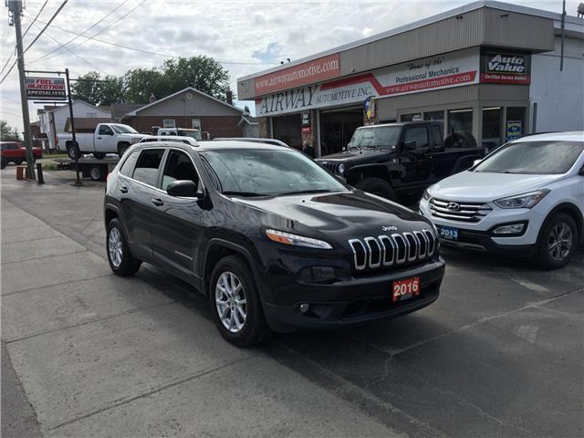 2016 Jeep Cherokee North (Stk: -) in Garson - Image 1 of 10