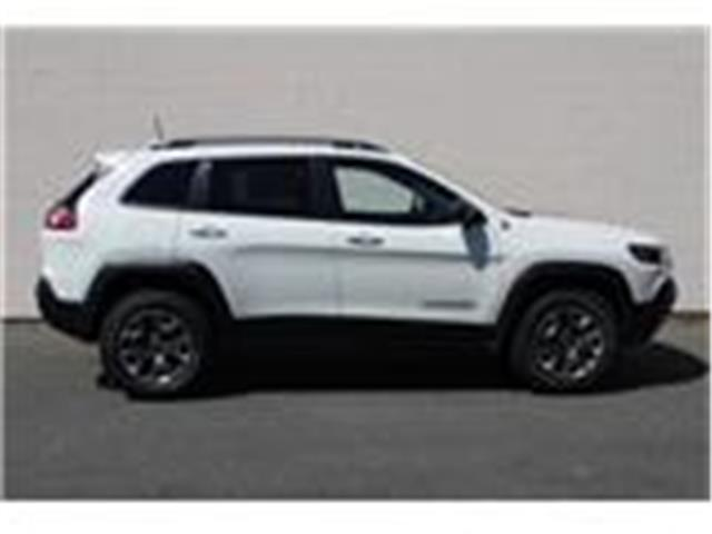 2019 Jeep Cherokee Trailhawk (Stk: D468068) in Courtenay - Image 8 of 26