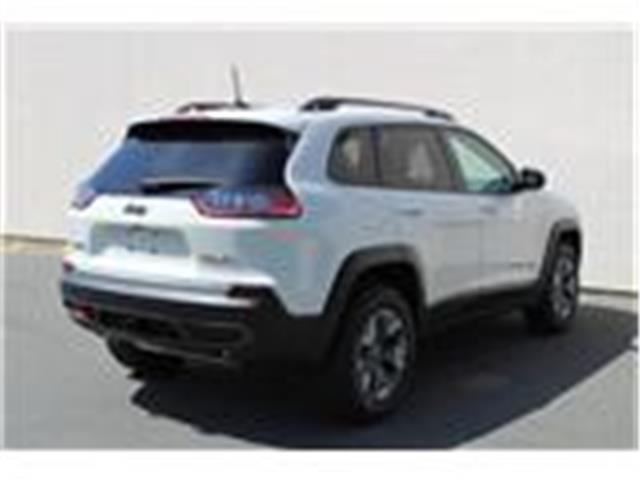 2019 Jeep Cherokee Trailhawk (Stk: D468068) in Courtenay - Image 7 of 26