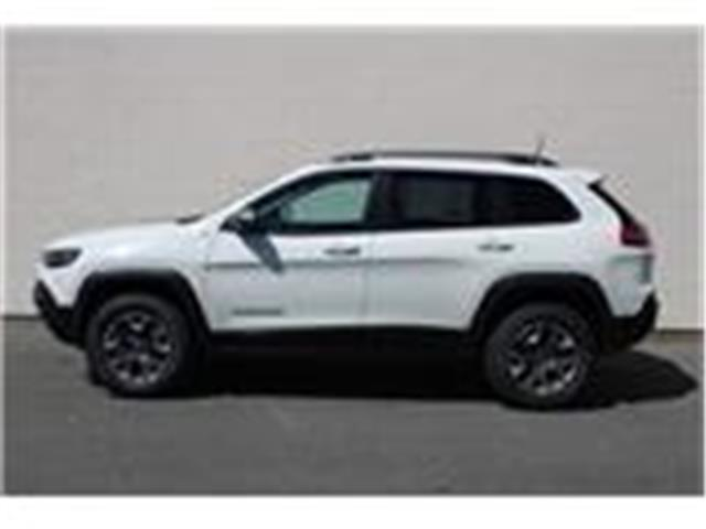2019 Jeep Cherokee Trailhawk (Stk: D468070) in Courtenay - Image 4 of 26