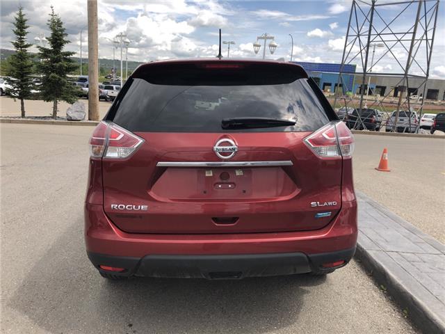 2015 Nissan Rogue SL (Stk: 190297A) in Cochrane - Image 4 of 14