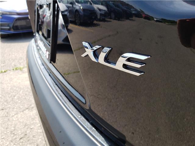 2020 Toyota Corolla XLE (Stk: 20-031) in Etobicoke - Image 3 of 10