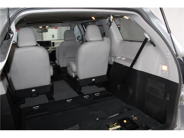 2016 Toyota Sienna Limited 7-Passenger (Stk: 298614S) in Markham - Image 26 of 28