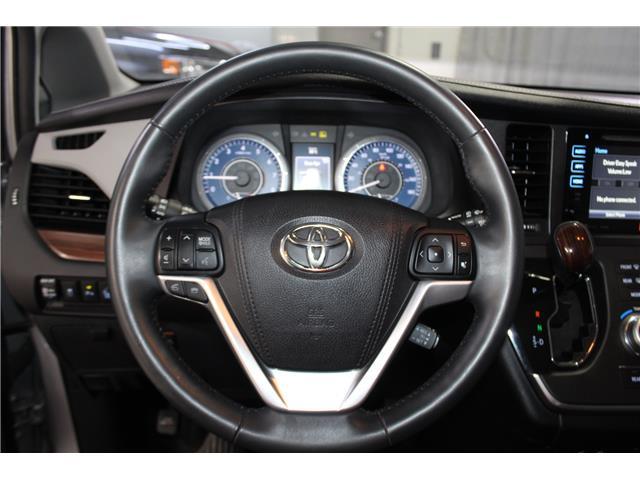2016 Toyota Sienna Limited 7-Passenger (Stk: 298614S) in Markham - Image 11 of 28