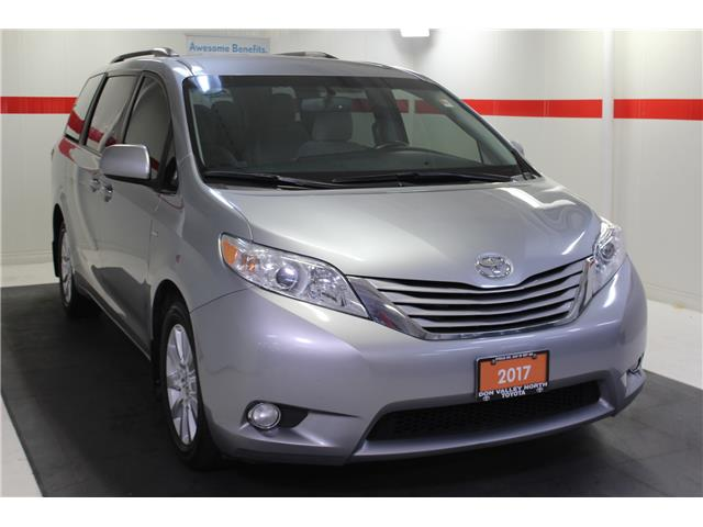 2017 Toyota Sienna LE 7 Passenger (Stk: 298567S) in Markham - Image 2 of 26