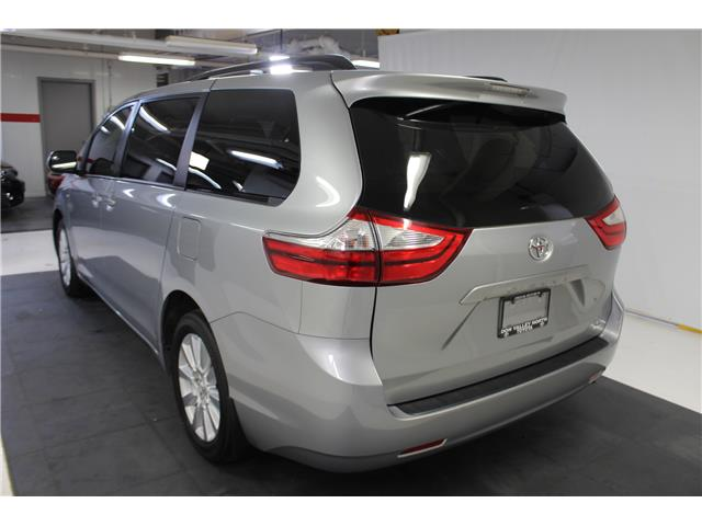 2017 Toyota Sienna LE 7 Passenger (Stk: 298567S) in Markham - Image 17 of 26