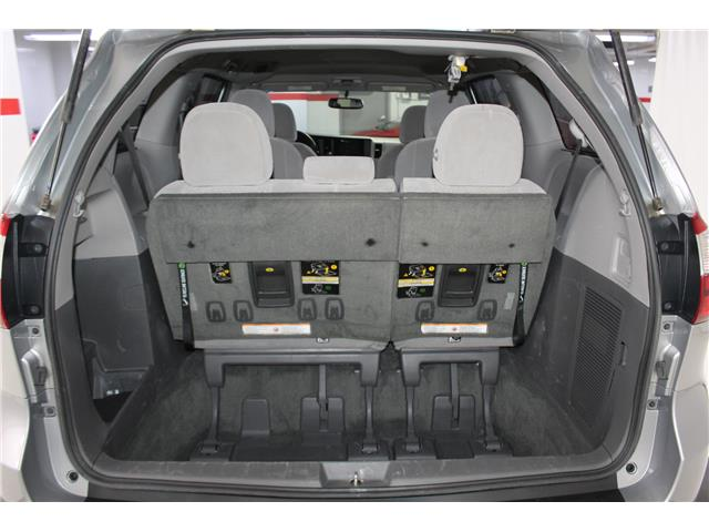 2017 Toyota Sienna LE 7 Passenger (Stk: 298567S) in Markham - Image 23 of 26