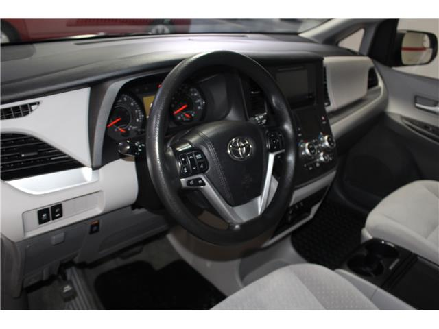 2017 Toyota Sienna LE 7 Passenger (Stk: 298567S) in Markham - Image 9 of 26