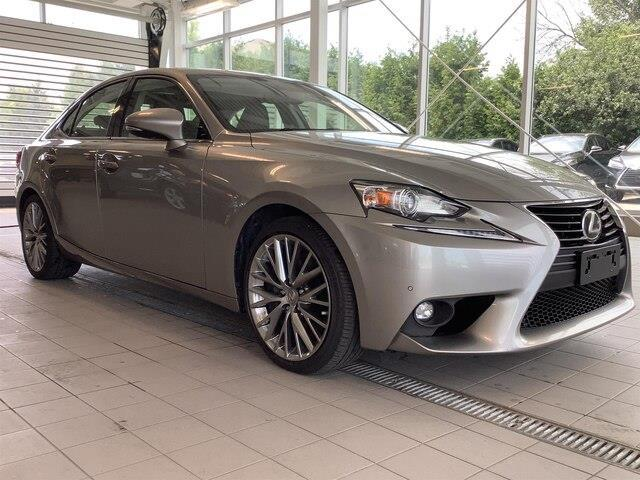 2016 Lexus IS 300 Base (Stk: LB19003) in Kingston - Image 13 of 28
