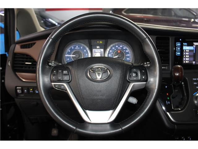 2015 Toyota Sienna Limited 7-Passenger (Stk: 298383S) in Markham - Image 10 of 30