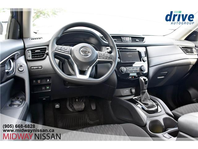 2019 Nissan Rogue SV (Stk: U1752) in Whitby - Image 2 of 35