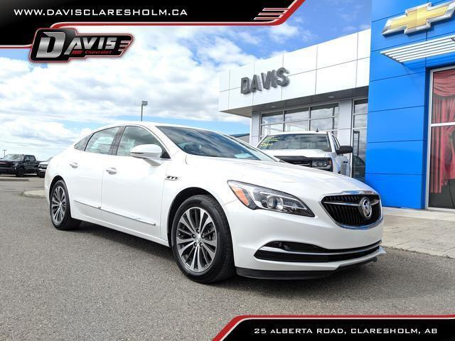 2017 Buick LaCrosse Premium (Stk: 173324) in Claresholm - Image 1 of 22