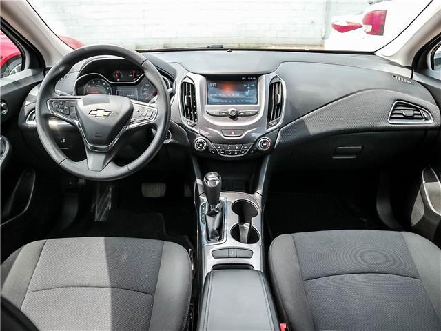 2017 Chevrolet Cruze LT Auto (Stk: T20003) in Toronto - Image 11 of 24
