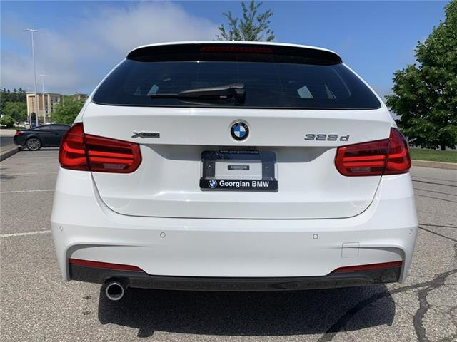 2018 BMW 328d xDrive Touring (Stk: P1505) in Barrie - Image 4 of 19