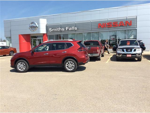 2019 Nissan Rogue SV (Stk: 19-283) in Smiths Falls - Image 1 of 13