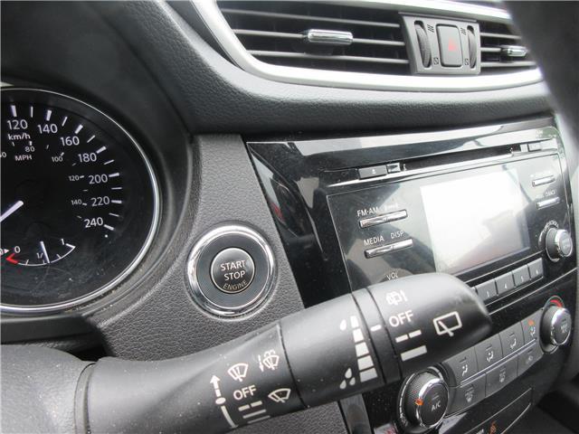 2016 Nissan Rogue SV (Stk: 2745) in Okotoks - Image 10 of 24