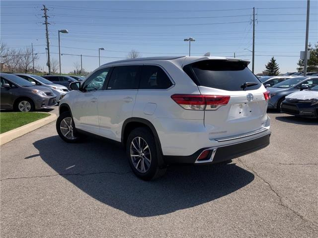 2019 Toyota Highlander XLE (Stk: 30879) in Aurora - Image 2 of 15
