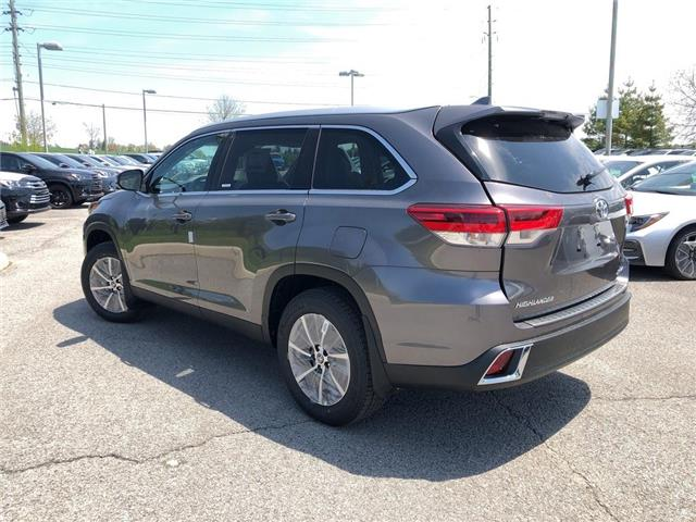 2019 Toyota Highlander XLE (Stk: 30880) in Aurora - Image 2 of 15