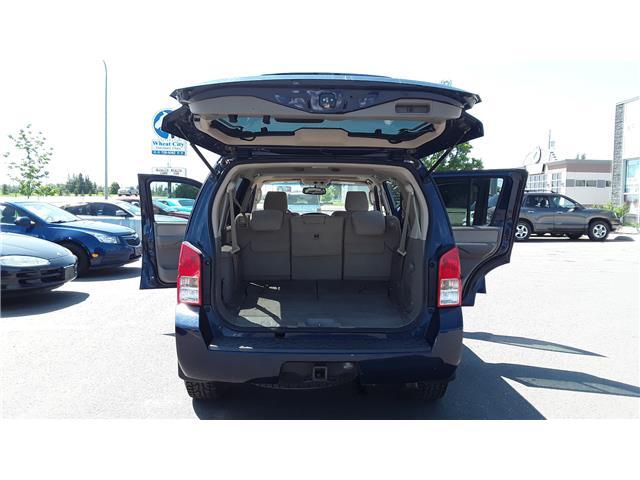 2012 Nissan Pathfinder LE (Stk: P492) in Brandon - Image 7 of 18