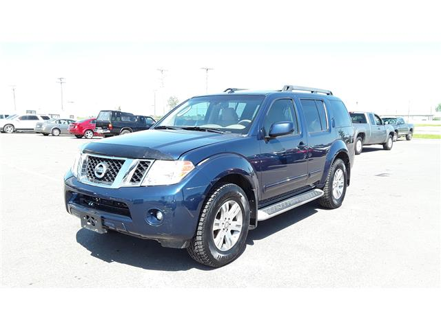 2012 Nissan Pathfinder LE (Stk: P492) in Brandon - Image 2 of 18