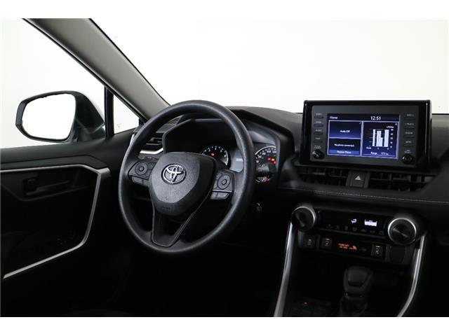 2019 Toyota RAV4 LE (Stk: 293217) in Markham - Image 11 of 19
