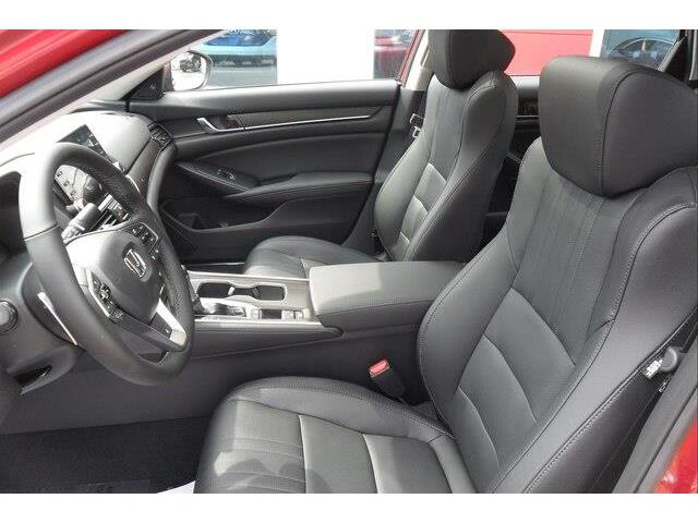 2019 Honda Accord Touring 1.5T (Stk: 10563) in Brockville - Image 6 of 26
