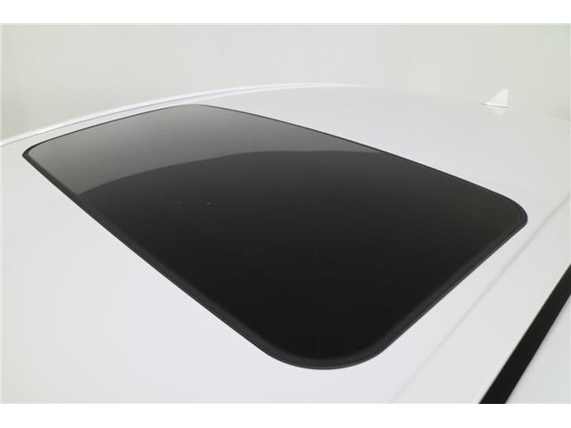 2019 Toyota Camry Hybrid SE (Stk: 293289) in Markham - Image 10 of 24