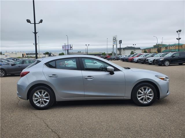 2018 Mazda Mazda3 Sport GS (Stk: M18150) in Saskatoon - Image 5 of 27