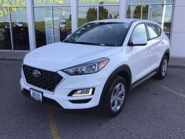 2019 Hyundai Tucson Essential w/Safety Package (Stk: H11894) in Peterborough - Image 2 of 16